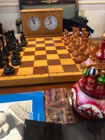 Durante o torneio, foi exposto para a admiração de todos, um jogo modelo original do campeonato soviético de 1961.